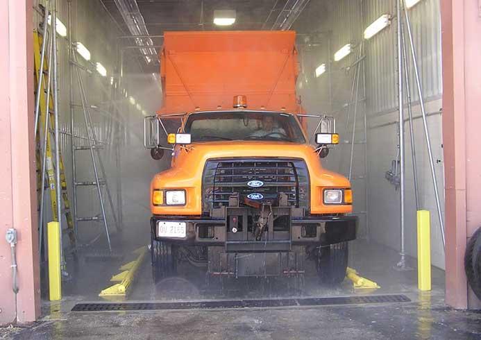 Vaskesystem til erhvervsbiler fra NoviClean