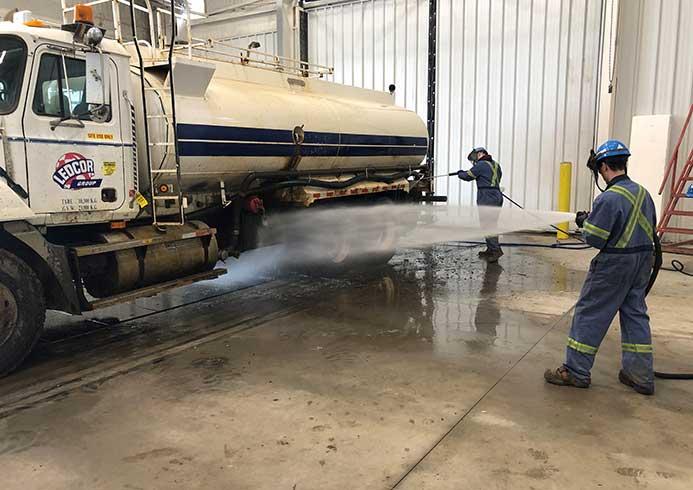 Manuel vask af lastbil - NoviClean