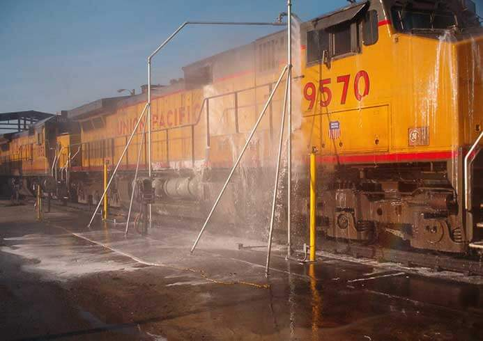 Tog der vaskes i vaskehal til toge fra NoviClean