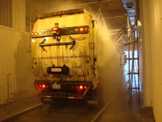 Skræddersyet lastbilvask i Odense - NoviClean